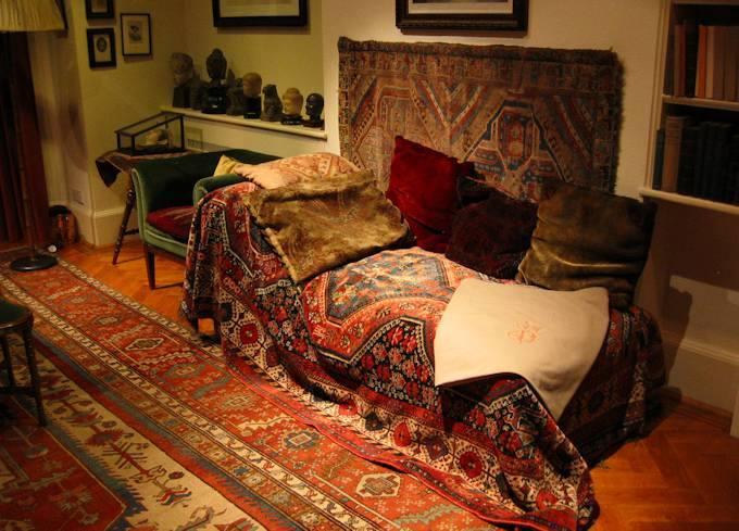 Il divano utilizzato da Sigmund Freud per la terapia