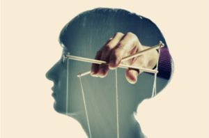 manipolazione narcisistica